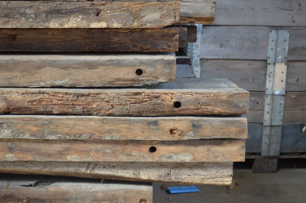 Historisch hout met een verhaal 01
